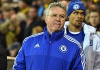 """""""Chelsea phải ngừng việc sa thải HLV"""""""
