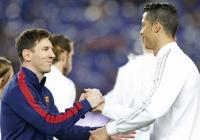 Ronaldo lên tiếng về việc Messi chia tay tuyển Argentina