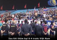VIDEO: Cầu thủ U23 Thái Lan đứng yên bất động sau trận thua U23 Việt Nam