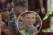 Raheem Sterling tháo giày 250 USD tặng cho Fan nhí sau trận gặp Kosovo